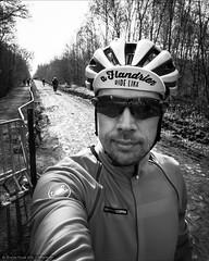 Ride like a Flandrien (Torsten Frank) Tags: frankreich giro helm castelli parisroubaix radrennen radsport radhelm nordpasdecalaispicardie girosynthe gabbaconvertible