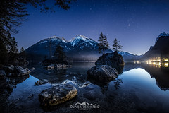 starry night (Oliver Jerneizig) Tags: longexposure sunset lake mountains night canon germany landscape bayern deutschland bavaria see oliver berge citylights landschaft allemagne spiegelung germania duitsland sterne starrynight 6d hintersee 2016 canon6d sternenklar oliverjerneizig jerneizig oliverjerneizigde wwwoliverjerneizigde
