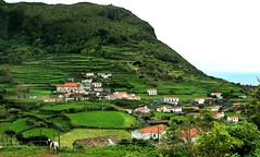 Hike from Lajedo to Faj Grande (Carolyn Peterson) Tags: flores portugal solitude hiking azores unspoilt