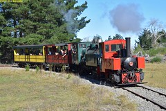 DS_Train_9_McLeansIsland_09April2016 (nzsteam) Tags: price train island traction engine railway scene steam engines locomotive boiler boilers mcleans sawmilling