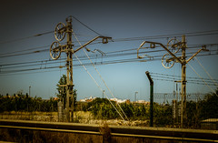 Aliens come on bikes, not in saucers (Tiigra) Tags: city travel plant tower valencia grass fence circle spain machine rope es valncia 2015 comunidadvalenciana funorinterest