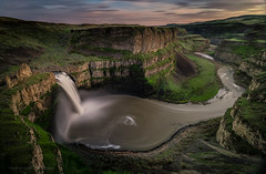 Palouse Swirl (Heather Smith Photography) Tags: sunset washington canyon le easternwashington palousefalls strandedboat bigstopper