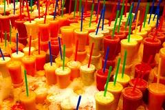 Mercat de la Boqueria / Barcelona (rob4xs) Tags: barcelona food color spain market drink juice straw catalunya markt spanje rietje mercat kleur mercatdelaboqueria cataloni