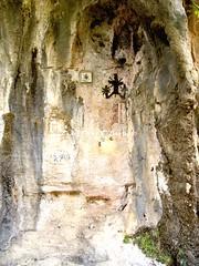 Cava de' Tirreni (SA), 2011, Sui sentieri del Millennio: grotta di San Cristoforo. (Fiore S. Barbato) Tags: italy san campania cavadetirreni cava costiera grotta abbazia penisola amalfitana cristoforo benedettina sorrentina sentieri tirreni millennio