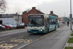Arriva Midlands 2716 Y356UON (Andy4014) Tags: bus wright burton midlands daf arriva y356uon