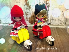 """Thanks Santa for the red scooter!!"" :D (cute-little-dolls) Tags: christmas friends cute fun toy miniature doll ride scooter appreciation gift kawaii present blythe putiteblythe"