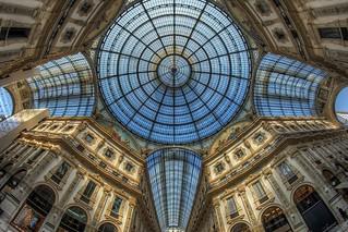 Galleria Vittorio Emanuele 2015-03-10 134407 Milano D7000