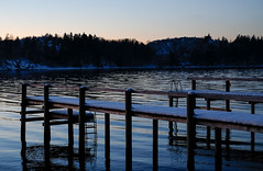Piers Covered In Snow (ndoralise) Tags: snow 35mm pier fujifilm oslofjord larkollen kollen rygge xt1 fuji35mm fujixt1