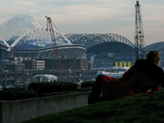 Relaxing (prima seadiva-moving slow) Tags: park red market crane stadium pikeplace mtrainier victorsteinbrueckpark