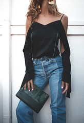 Off shoulder / Fashion is a party (Fashionisaparty) Tags: blacktop offshoulder dameskleding fashionblogger offshouldertop nativefox fashionisaparty zwartetop trends2016 clineoffshouldertop offshouldertrend zomertrend2016