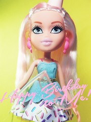 Happy Birthday to Me! (alexbabs1) Tags: birthday cake sarah angel spring yummy doll candy sweet style it loves bangs bratz cloe 2016 palins