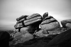 Shelter Stone (l4ts) Tags: longexposure windyday landscape blackwhite derbyshire peakdistrict burbage darkpeak moorland gritstone higgertor shelterstone britnatparks 10stopfilter gritstonetor