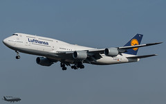 D-ABYM Lufthansa Boeing 747-8i (°TKPhotography°) Tags: canon germany airplane airport frankfurt aviation boeing lufthansa 747 jumbo 7478