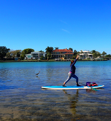 2_28_16 Paddleboard Yoga teach trainiing SRQ 08