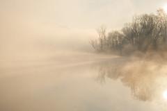 Evanescence (emanuel.foglia) Tags: light italy misty fog landscape nikon fiume nebbia atmosfera luce paesaggio lecco raggi adda sogno soffusa parcoaddanord d3200 fluviale evanescenza airuno nikkorafs50