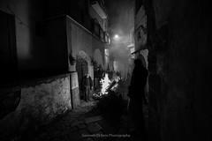 antiche tradizioni (Gennaro Di Iorio Photography) Tags: fuoco biancoenero fumo scorci