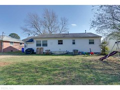 11 Frances Street (MariaChristianHomes) Tags: news beautiful fireplace realestate newport rancher updated homeforsale beaconsdale