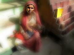 Rajastan - Novembre 2015 (anton.it) Tags: antonit canong10 rajastan india mamma bambino libro strada mangiare allattare seno povertà