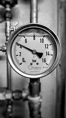 Pressure (Mark.L.Sutherland) Tags: blackandwhite bw water monochrome bar circle mono focus dial numbers sprinkler round pressure gauge 42 selectivefocus firesystem compco wwwcompcofirecouk