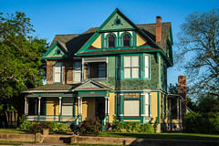 Old Waco House (oliemackeral) Tags: house texas waco victorian 1900