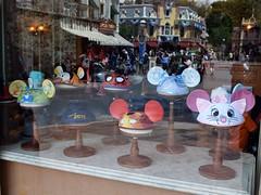 Disneyland Visit - 2016-04-24 - Main Street - The Mad Hatter - Window Display - Ear Hats (drj1828) Tags: us disneyland visit anaheim dlr madhatter earhat 2016