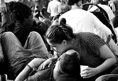 92.365 - Love (magaly.frances) Tags: portrait paris love photography blackwhite couple amour champsdemars 14juillet ftenationale nikond5200