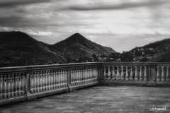 Terrazza   -   Sant'Omobono Terme    ( Bergamo ) (lefotodiannae) Tags: italia e bergamo bianco nero terme terrazza santomobono lefotodiannae