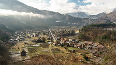 Shirakawa-go Village wide (NettyA) Tags: travel houses roof winter house mist mountains japan clouds asia village fine fields thatch unescoworldheritage shirakawago shirakawa gassho 2015 gasshostyle ogimachi gifuprefecture onodistrict