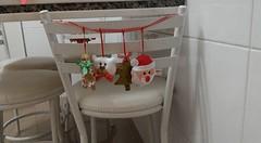 Decoração linda que a Lucia fez com as fofurebas de natal (Fofurebas - By Jackie) Tags: papainoel clientes mamãenoel natalinos enfeitedenatal enfeitenatalino decoraçãodefestas fofurebas capanatalinaparacadeira cordãonatalino