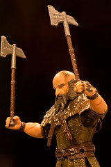 Dwalin (atari_warlord) Tags: actionfigure dwarves thehobbit balin 375 dwalin thebridgedirect