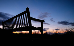 Sunset on Gullane Hill (jason-l) Tags: sunset sky bench dusk seat gullane eastlothian gullanehill
