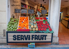 Fruitstand in Sitges Spain (Cools Pix) Tags: spain fruitstand sitges