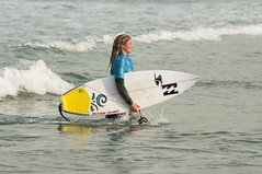 DSC_3941 (Streamer -  ) Tags: ladies girls men surf waves surfer seat netanya small surfing event pro qs magnus uri streamer          wsl        israel