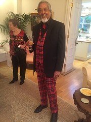 Uncle (CameRAj Pictures) Tags: uncle suit wag hampstead derry tartan londoner