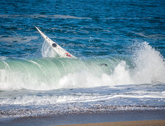 try again (Lisa Ouellette) Tags: bask carmel kayaking monasterybeach monterey seakayaking dumpysurf hesokdontworry paddling water waves