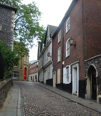 [39713] Norwich : 2-8 Elm Hill (Budby) Tags: house 17thcentury norfolk norwich 18thcentury eastanglia timbered