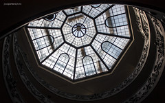 Glass roof (Jose A. Portero) Tags: light shadow italy rome color roma luz monument architecture arquitectura italia monumento sombra