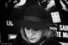 Betta with a cap (BN).jpg (frillicca) Tags: bw paris march bn persone ritratto marzo cappello parigi benedetta 2015