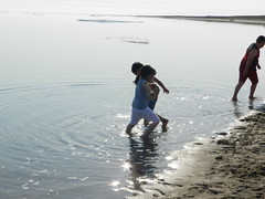Going swimming at Long Point August 2015 36 (cambridgebayweather) Tags: swimming nunavut cambridgebay arcticocean susansim