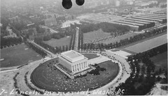 Everest Waid Collection Image (San Diego Air & Space Museum Archives) Tags: aerialphotography aerialphotograph aerialphoto lincolnmemorial washingtondc