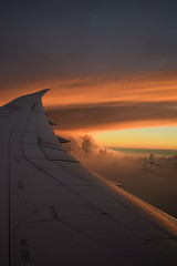 Boeing au crpuscule (bonnaudthomas) Tags: sunset sky clouds plane wing ciel nuages crpuscule avion aile