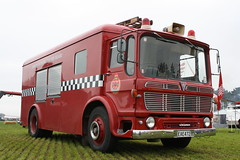 FK 3839/EAE 472 (ambodavenz) Tags: dunedinfirebrigaderestorationsociety commandunit truck fireengine fireappliance newzealand aec monarch dunedin