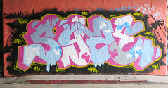 Syze (cocabeenslinky) Tags: street city uk pink blue england urban white streetart london art yellow writing canon graffiti paint artist power shot photos south united capital letters kingdom tunnel can spray powershot east waterloo writers april graff leake se1 artiste 2016 g15 syze cocabeenslinky