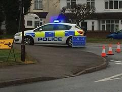 Herts Police Vauxhall (slinkierbus268) Tags: car police r hertfordshire bluelights hertfordshireconstabulary hertfordshirepolice