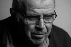 * (Johan Gustavsson) Tags: portrait blackandwhite bw man male gteborg dad sweden father gothenburg pappa sverige softbox farsan svartvit portrtt svartvitt johangustavsson profotob1 60x60xm