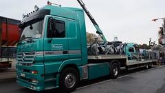 D - Predator Kaiser München MB Actros LH (BonsaiTruck) Tags: truck münchen lorry camion trucks kaiser predator funfair mb kirmes lastwagen lorries lkw actros schausteller