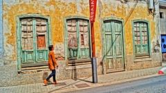 In Strada ... HDR (Barbara Bonanno BNNRRB) Tags: street door windows woman colors yellow strada lanzarote amarillo hdr arrecife contrasto