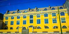 Amarillo Canario (desde el coche) (pepoexpress - A few million thanks!) Tags: city sky portugal yellow azul architecture nikon lisboa amarillo nikkor d600 24120 nikon24120 architecturesky skylinearchitecture nikond600 24120f4 pepoexpress nikond60024120mmf4