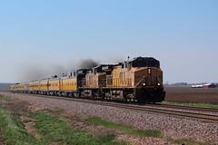 """Smoke 'em if You Got 'em"" (Trainham) Tags: up malta unionpacific ge generalelectric passengertrain ac44cw maltaillinois ac44cwcte crestonhill upgenevasubdivision up5768 up6517 genevasubdivision engineeringspecial"