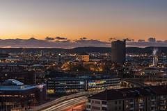 DSC_3956_1280 (Vrakpundare) Tags: city gteborg twilight cityscape sweden gothenburg lighttrails sverige bluehour stad bohusln vstkusten olskroken bltimmen gasklockan skansenlejon henryblom vrakpundare